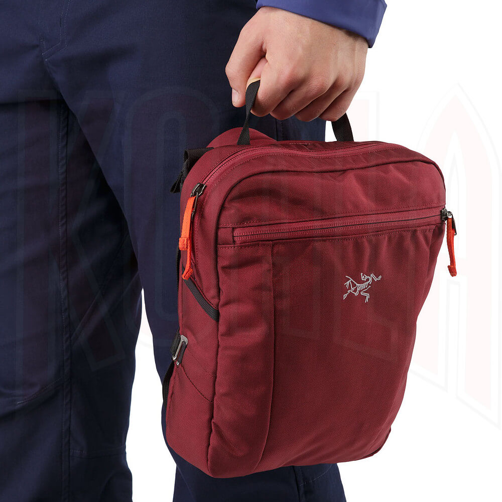 ARCTERYX/Mochilas/Arcteryx-17173-Slingblade-4-Shoulder-Bag-Aramon-Top-Handle-deportes-koala