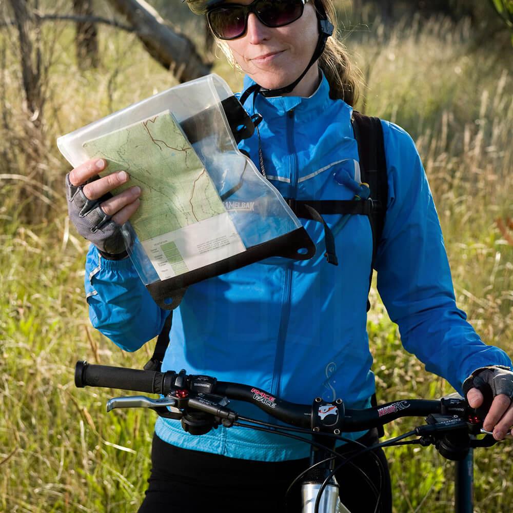 SEATOSUMMIT/AWMCS-02_SEATOSUMMIT_MAP-case_DeportesKoala_Madrid_tienda_montana_trekking_expediciones_1